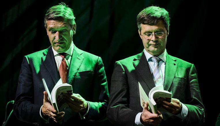 Fractievoorzitter Sybrand van Haersma Buma en Jan Peter Balkenende tijdens het najaarscongres van het CDA. Beeld anp