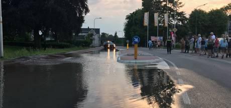 Waterlekkage Waardenburg: leiding afgesloten, herstel duurt tot dinsdagochtend