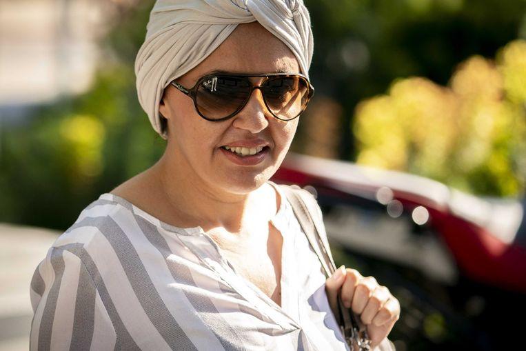 Saadia Ait-Taleb, twee weken gelden bij de rechtbank. De ex-ambtenaar werd donderdag 'gezuiverd van alle blaam'. Beeld ANP