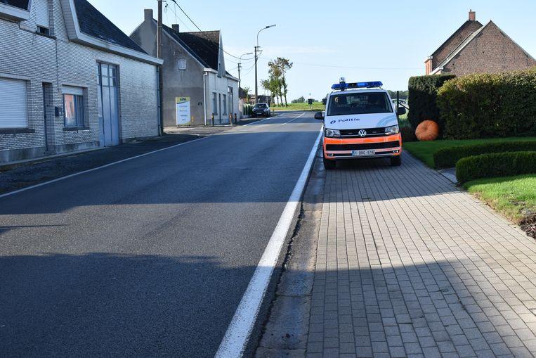 De illegalen werden opgemerkt langs de Wettersesteenweg in Bavegem...