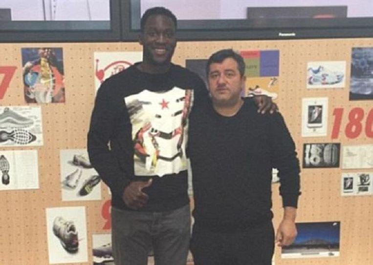 Mino Raiola met Romelu Lukaku.