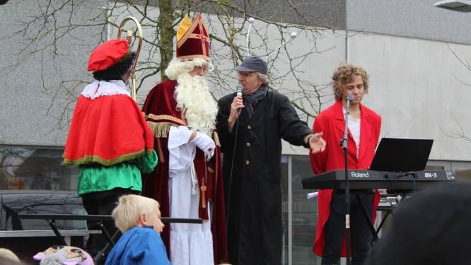 Sinterklaas komt zondag op 'anderhalve mijter' afstand op bezoek in Desselgem