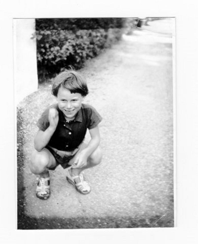 De jeugdfoto van Anneke Smit uit Woerden.