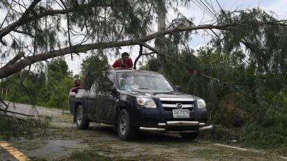 Tropische storm zet  200.000 Thaise gezinnen zonder stroom, toeristische eilanden ontsnappen aan het ergste
