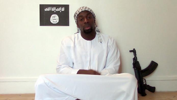 Er werden wapens en IS-vlaggen gevonden in het appartement van Amedy Coulibaly