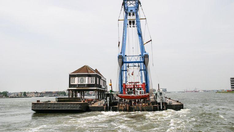 In 2004 werd het Naco-huisje naar Zaandam verscheept. Beeld Doriann Kransberg/Dienst infrastructuur