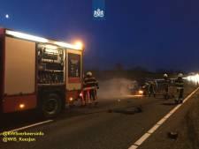 Veel vertraging op A58 bij Ulvenhout door een ongeluk en autobrand