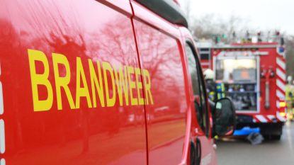 Brandweer ruimt oliespoor op