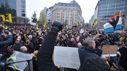 LIVE. 'Mars tegen Marrakech' aangekomen op Schumanplein, politie telt 5.500 betogers