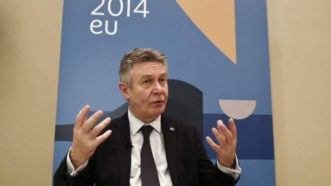 """De Gucht: """"EU moet zorgen dat Oekraïne niet militair reageert"""""""