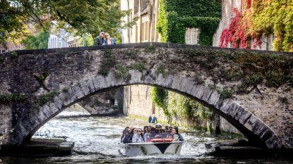 """Burgemeester van Brugge lanceert opmerkelijke oproep: """"Aannemers, pomp uw overtollig water desnoods in de reien"""""""