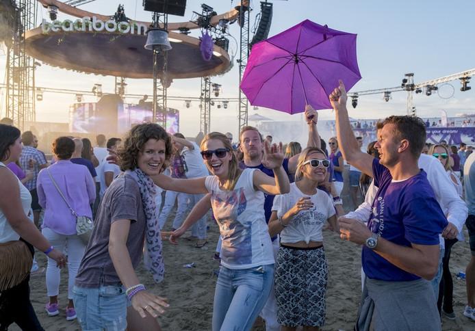 Dancefeest Beachboom is een gemoedelijke bedoening.