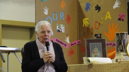Zuster Jeanne Devos brengt bezoek aan De Duizendpoot, die acties op poten zet om haar levenswerk te steunen