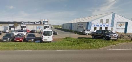 Neergestorte parachutisten Texel maken het goed, botsing vermoedelijk voorrangskwestie