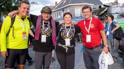 Stichting De Kleine Strijders wandelt zesduizend euro bij elkaar tijdens Dodentocht