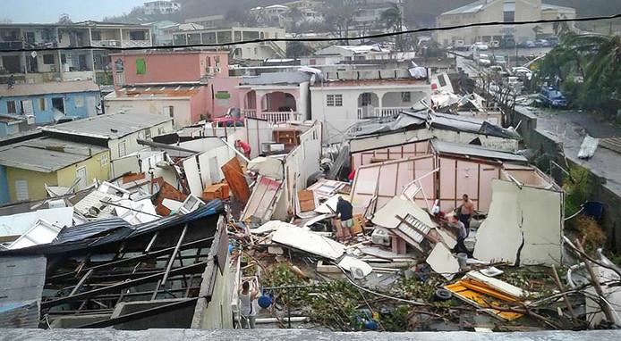 Een spoor van vernieling in de Cariben.
