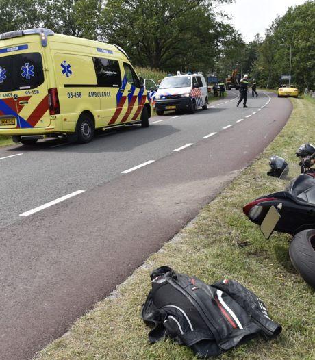Twee gewonden nadat scooter en motor botsen op weg bij Langeveen