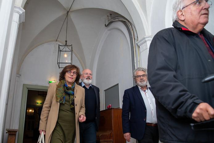 Aankomst Eurocomissaris Frans Timmermans bij Maria Roepaen in Ottersum