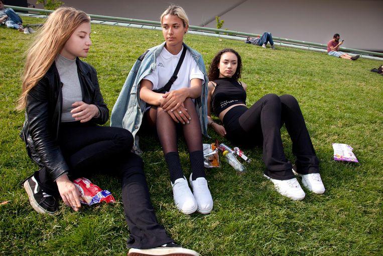 Rae (15), Sidney (17) en Ayrayna (18) Beeld Martijn van de Griendt