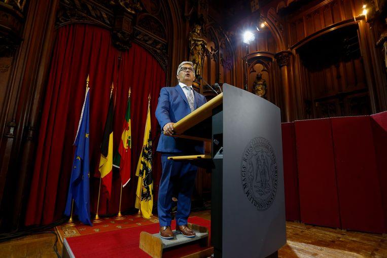 Kris Van Dijck tijdens zijn speech gisteren.