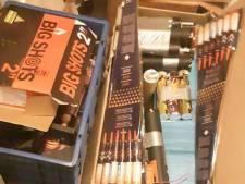 Politie vindt 'illegaal en geknutseld vuurwerk' in woning Raalte: 'We moesten zelfs de kruipruimte in'