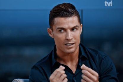 """Ronaldo keurt dolle bedragen af: """"Een speler wordt verkocht voor 100 miljoen zonder iets te hebben bewezen"""""""