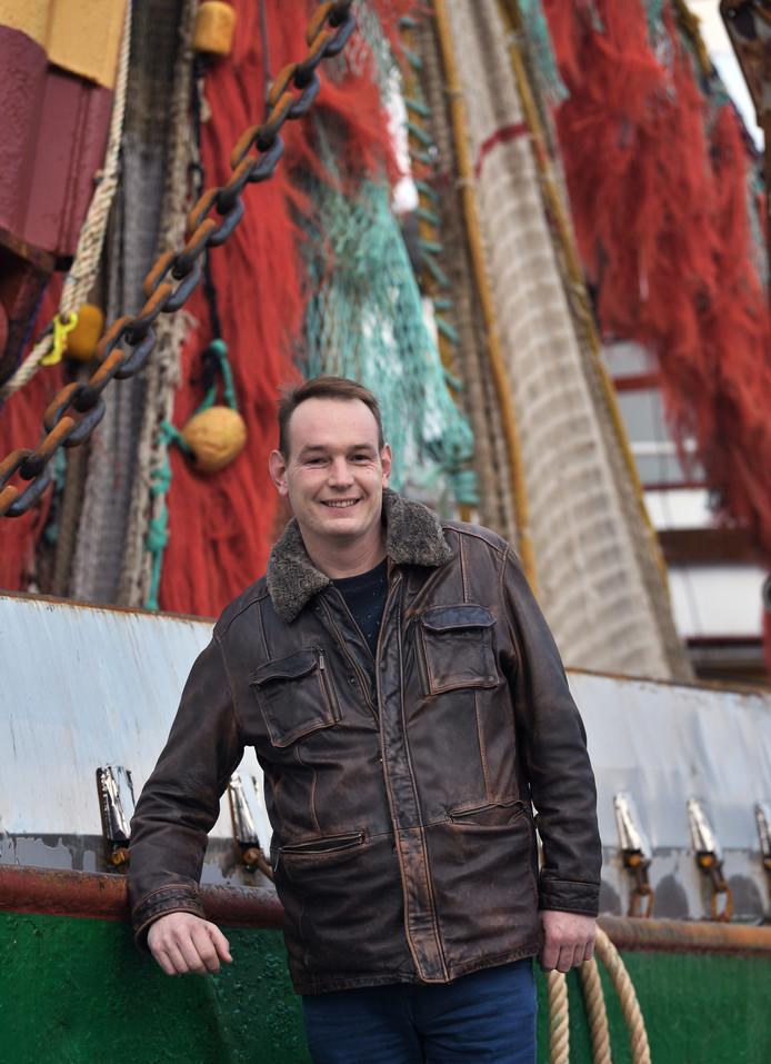 Jan Marijs, schipper van de Arnemuiden 22.