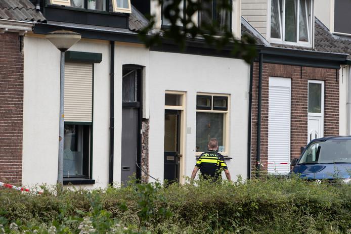Woensdag rond 03.45 uur was er een explosie in de Lunettestraat in Zutphen. De politie gaat uit van een explosief.