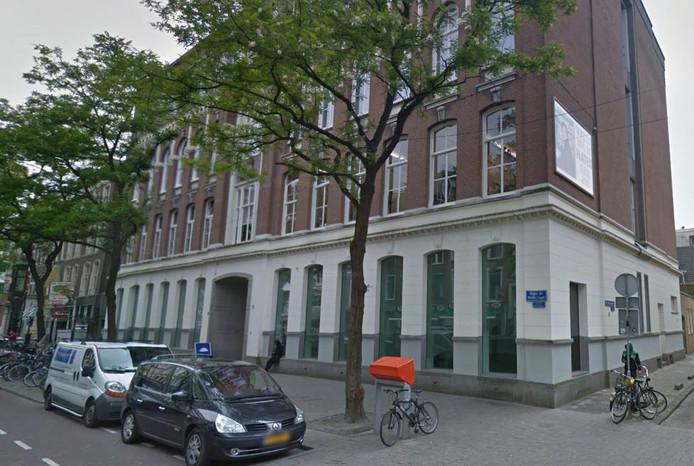 Het kunstcentrum in de Witte de Withstraat.