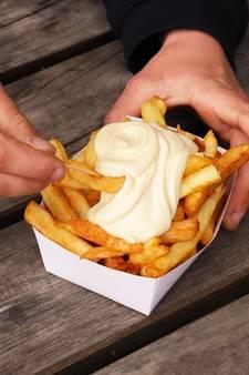 Belgische douane trakteert komende week op patat bij de grens