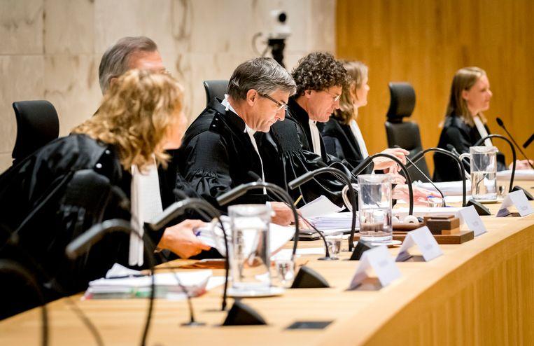 Voorzitter Kees Streefkerk van de Hoge Raad voorafgaand aan het pleidooi van de cassatieprocedure in de Klimaatzaak. Beeld ANP