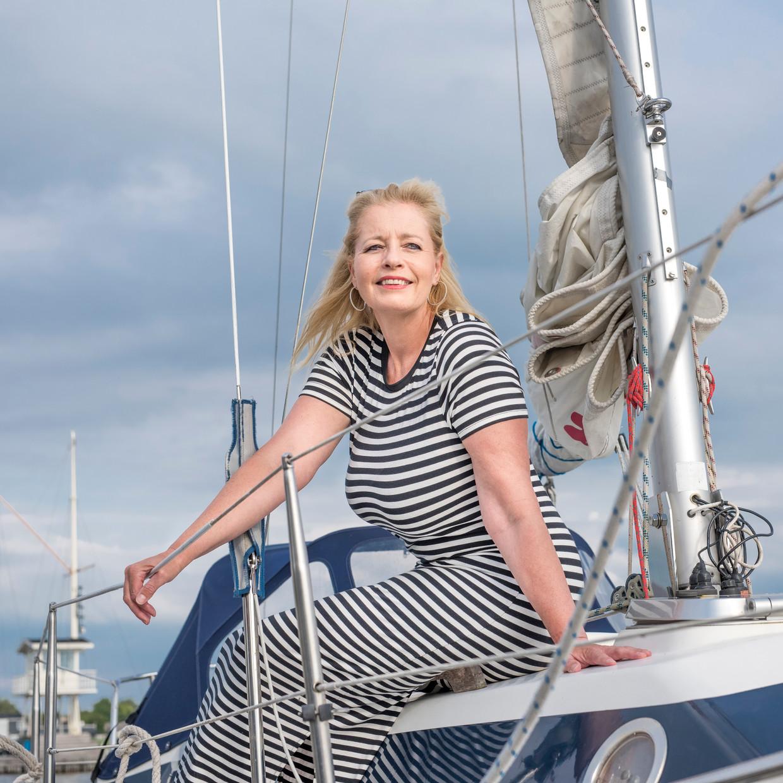 Marianne Zwagerman (1969) is een Nederlandse schrijfster, columniste en media-entrepeneur. Tijdens de coronacrisis investeerde ze in een zeilboot.