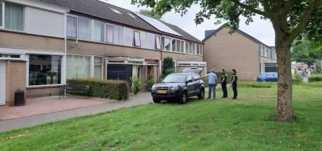 Buurt geschokt na grote politie-inval in woonwijk Meppel: 'Niet te geloven...'