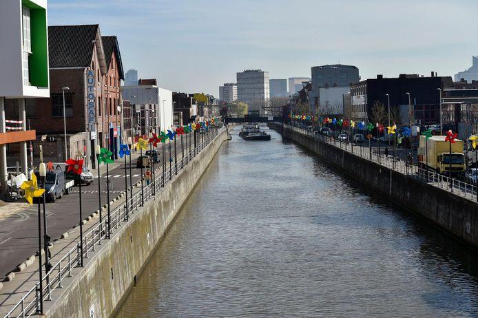 Le canal de Bruxelles (ici à Molenbeek).