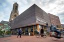 Het gebouw van Focus Filmtheater Arnhem aan het Audrey Hepburnplein.