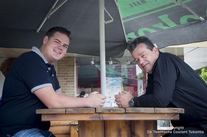 Quinten ten Broeke (links) en Henri Geugies, de organisatoren van het HAHA festival.