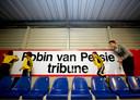In 2010 opende Robin van Persie de naar hem vernoemde tribune van Excelsior.