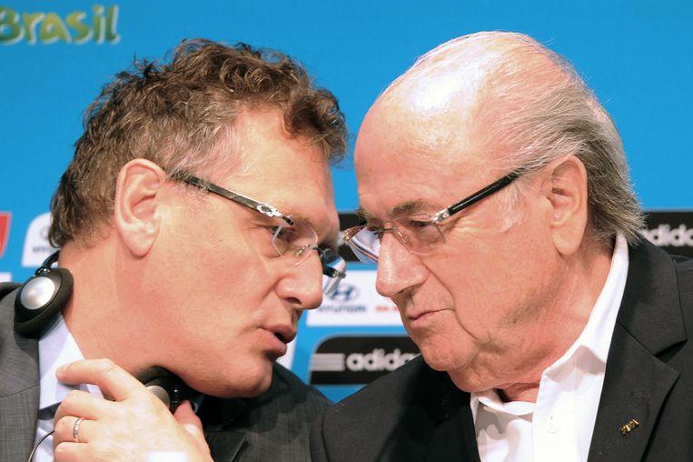 Sepp Blatter met links van hem Jérôme Valcke, die als secretaris-generaal van de FIFA werd opzijgezet.