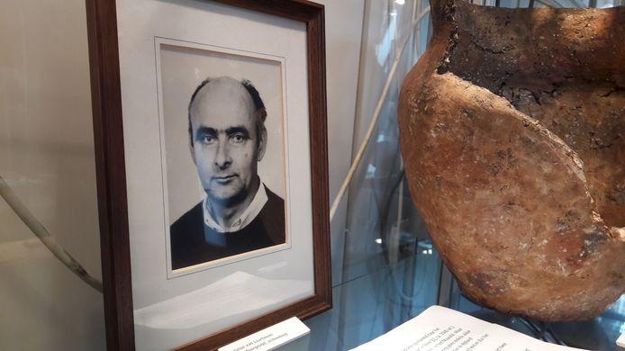 Wijlen Janus van Laarhoven diepte uit de Moergestelse bodem een aardewerken pot van 2400 voor Christus op. Het is het absolute topstuk van heemkundevereniging De Kleine Meijerij