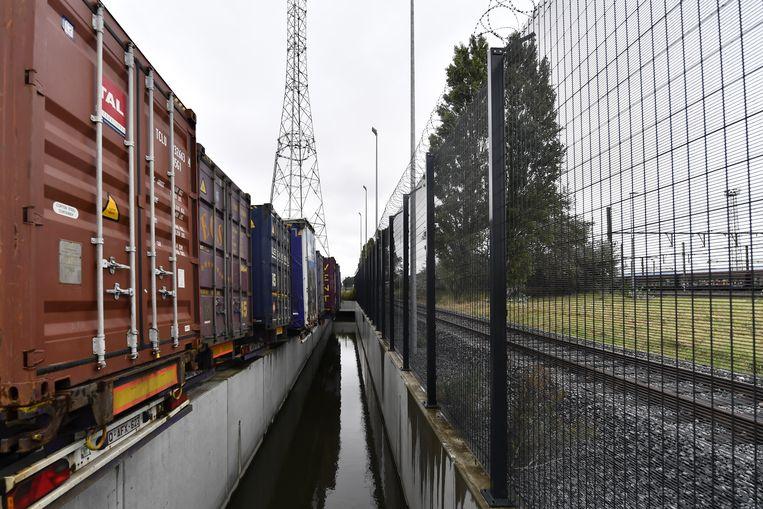 De haven in Zeebrugge blijft transmigranten aantrekken.