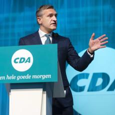 Het broeit in het CDA; prominenten vragen om een offensief klimaatbeleid en een antwoord op populisme