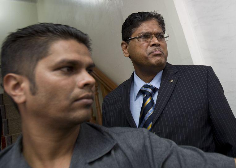 Santokhi in 2007, toen hij minister van Justitie was. De aan de Nederlandse Politie Academie afgestuurde agent leidde vanaf 2000 het politie-onderzoek naar de Decembermoorden van 1982. Bouterse is de hoofdverdachte van de moorden. Beeld ANP