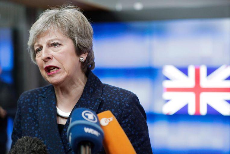 Theresa May spreekt met de pers na haar gesprek met Donald Tusk Beeld ANP