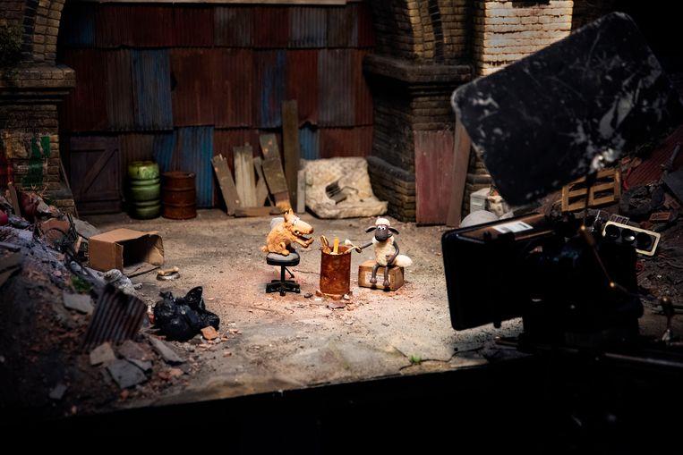 Een set uit Shaun het schaap, waarin de belichting centraal staat.  Beeld David Vroom