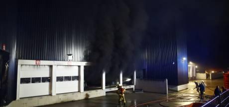 Sein brand meester gegeven bij grote brand Stella Fietsen in Nunspeet