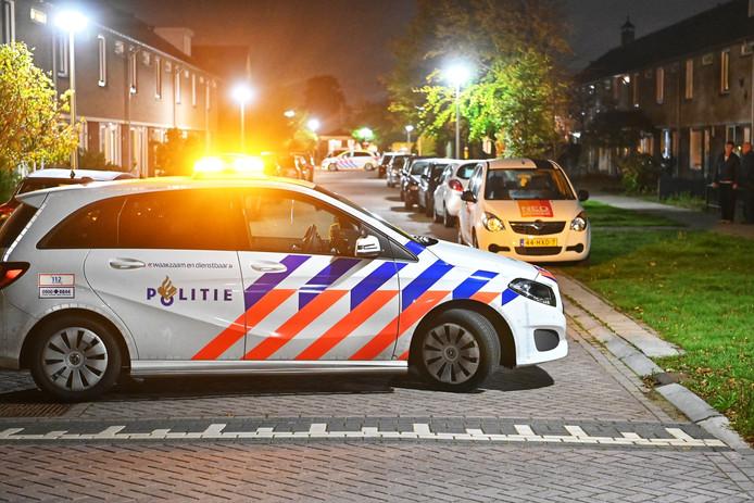 De politie voerde maandagavond onderzoek uit naar het gemelde schietincident aan de Schrauwenstraat in Etten-Leur, maar vond geen sporen.