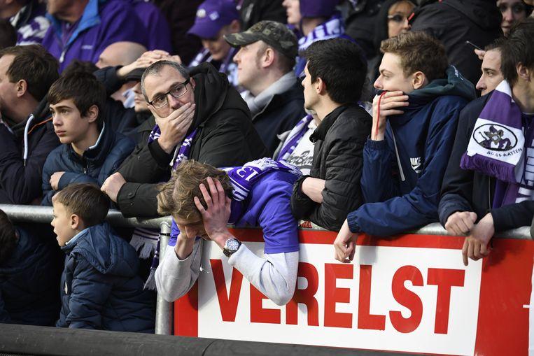 Ontgoocheling bij de Beerschot-fans na het mislopen van de titel en promotie naar 1A.