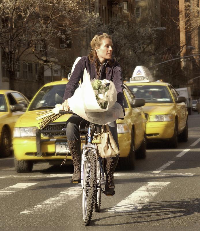 Frederique van der Wal is met haar fiets en bloemen nog steeds een Nederlandse in New York.