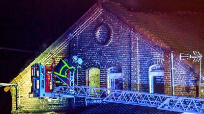 Twee jongeren en twee brandweerlieden komen om bij brand in Noord-Frankrijk
