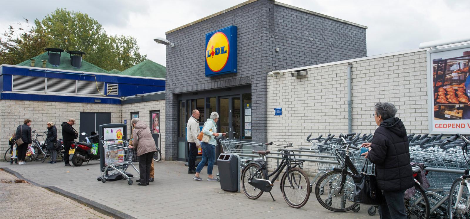 Lidl wil in Waalwijk uitbreiden van 820 naar 1.500 vierkante meter aan winkeloppervlak maar moet dan wel tijdelijk verhuizen.